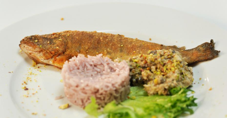 рецепт форели под шубой из риса и шпината